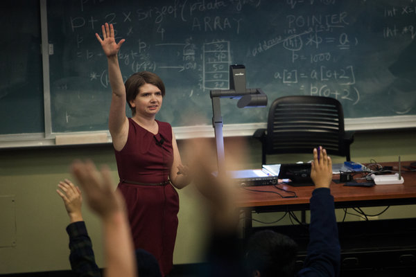 Catherine Uvarov, a chemistry instructor  at the University of California, Davis, has adopted an experimental approach to teaching an introductory course. Photo credit Max Whittaker for The New York Times